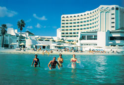 <a href='/tunisia/hotels/abou-jaafar/'>Abou Nawas Bou Jaafar</a> 4*
